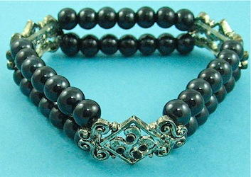 Black stretch bracelet